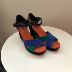 TOMs wedge shoes.